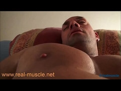 Realmuscle Bodybuilder Sexy Sleeping