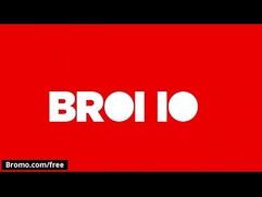 Aaron Bruiser with Stephen Harte Hairy hunk fucks in the Desert Bromo