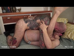 Bubble Butt fucked by furry stud Jack Dixon