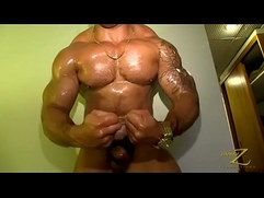 STRAIGHT BODYBUILDER SOLO CUM